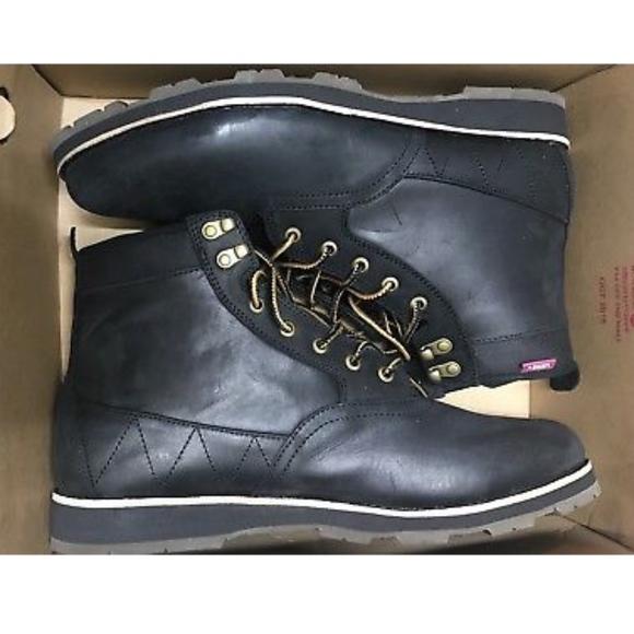 59f260b636 Vans Fairbanks Boot MTE Black Black Boots🌹 NWT